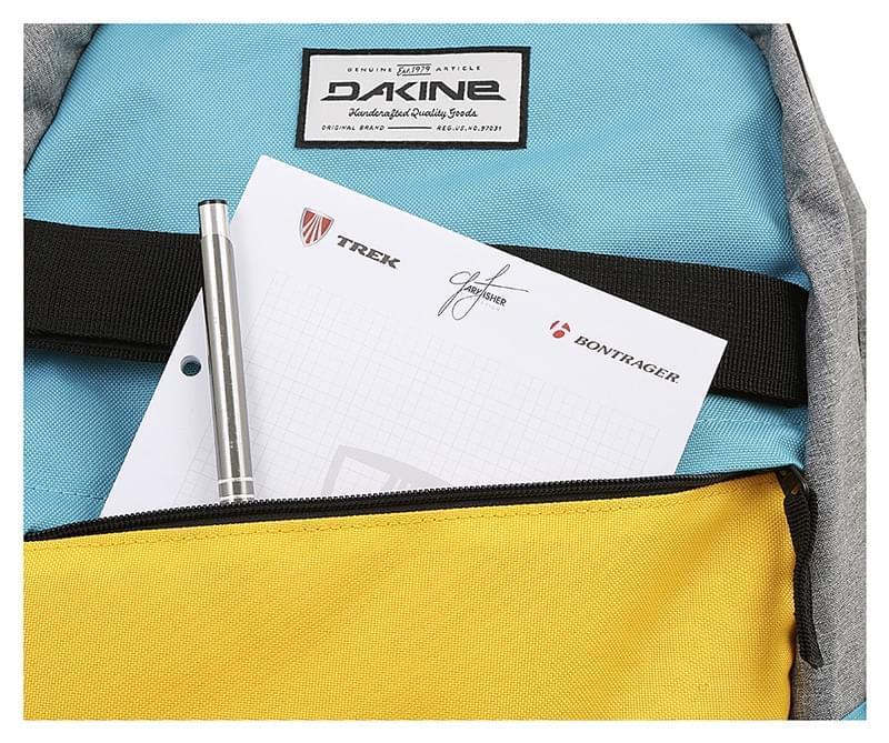 c7bd1d46faa Batoh Dakine Manual 20 l - Radness - Spot Shop
